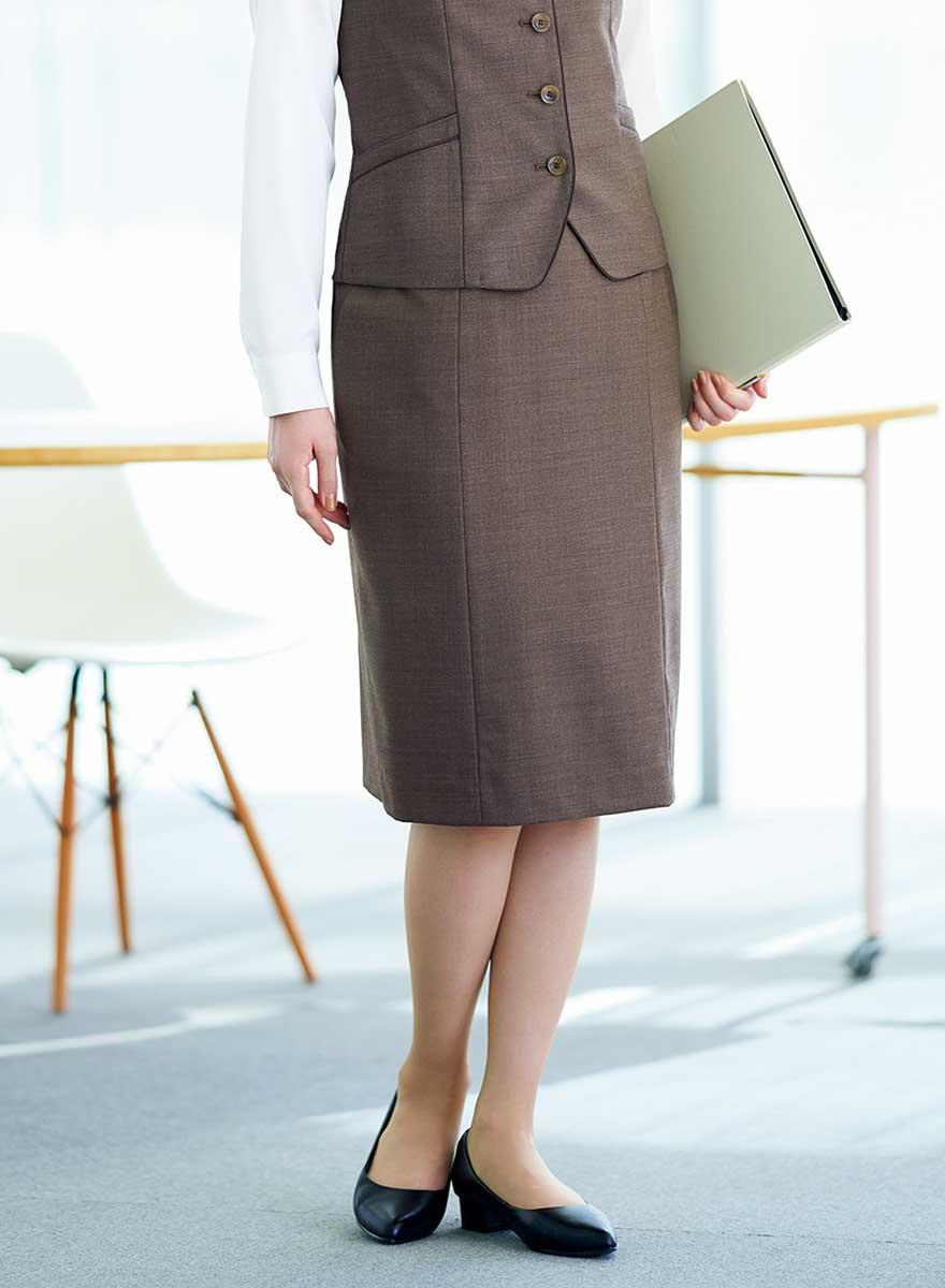 絶妙カラーであか抜けた印象のベスト+スカートセット- EAV821/EAS822商品画像4