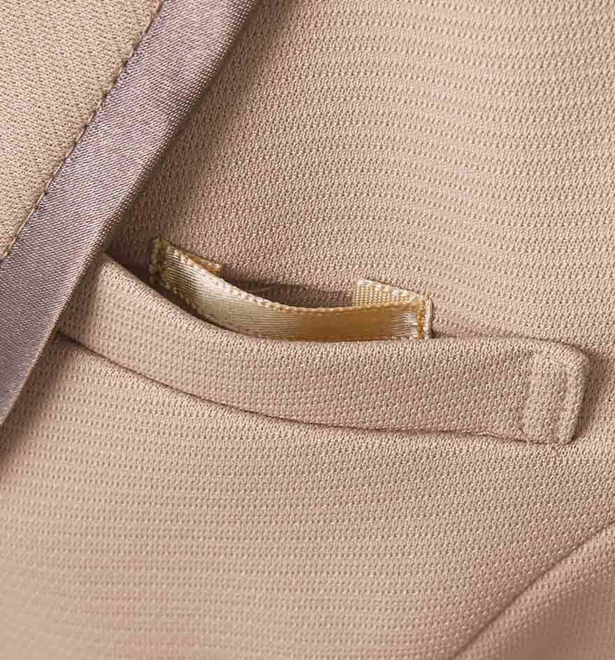 ドレープをいかしたきれいなシルエットで振る舞いがエレガントにうつるワンピース+ジャケットセット - 7732/9185商品画像3